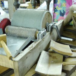 Hand carding/ Drum Carding